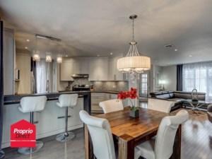 10916444 - Maison à étages à vendre