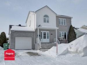 19568460 - Maison à étages à vendre