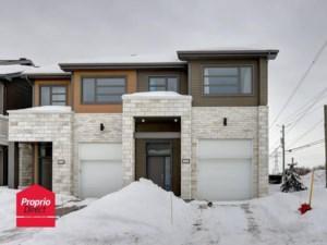 18529805 - Maison à étages à vendre