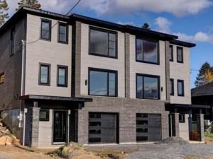 13084332 - Cottage-jumelé à vendre