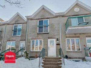 27967597 - Maison à étages à vendre