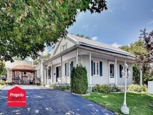 9238463 - Maison à étages à vendre