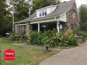 23917416 - Maison à étages à vendre