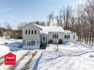 23708986 - Maison à étages à vendre