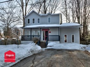 11441131 - Maison à étages à vendre