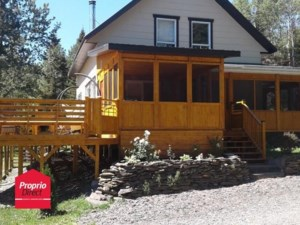 11729108 - Maison à étages à vendre
