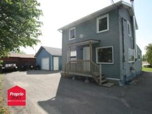 17640300 - Maison à étages à vendre