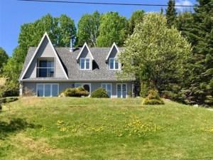 9268858 - Maison à étages à vendre