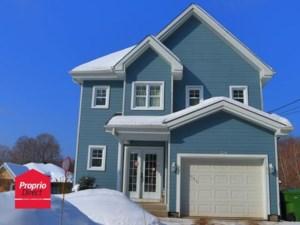 27952928 - Maison à étages à vendre