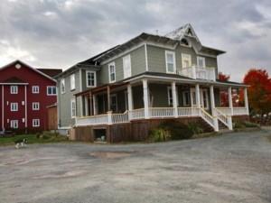 23088540 - Maison à étages à vendre