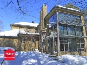 18469879 - Maison à étages à vendre