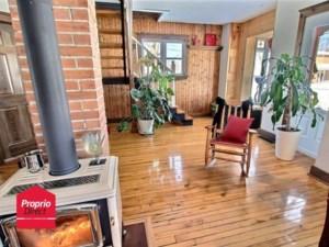 17256483 - Maison à étages à vendre