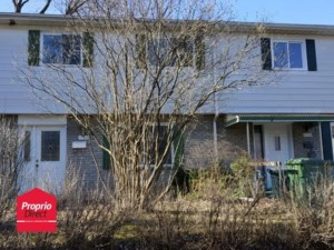 28432354 - Maison à étages à vendre