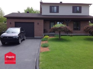 12941085 - Maison à étages à vendre