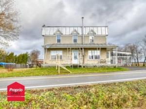25888809 - Maison à étages à vendre