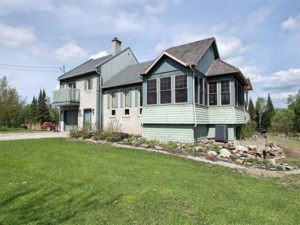 9238762 - Maison à paliers à vendre