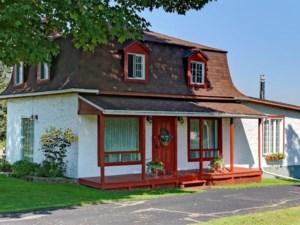 24077213 - Maison à étages à vendre