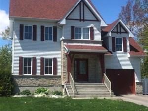 13049711 - Maison à étages à vendre