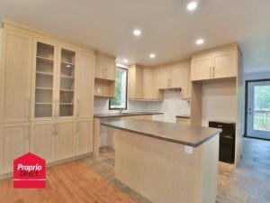 25971156 - Maison à étages à vendre