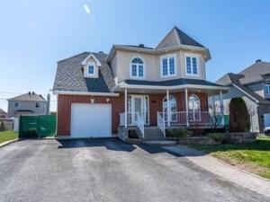 18438307 - Maison à étages à vendre