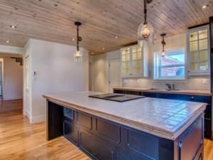 22568631 - Maison à étages à vendre