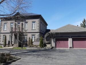 24027562 - Maison à étages à vendre