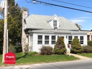 16128695 - Maison à étages à vendre