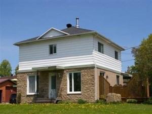 12434786 - Maison à étages à vendre