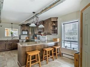 19126072 - Maison à étages à vendre
