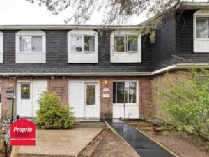 26893563 - Maison à étages à vendre