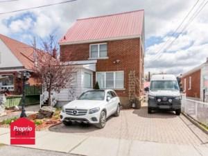 13903427 - Maison à étages à vendre