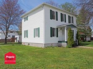 21213761 - Maison à étages à vendre