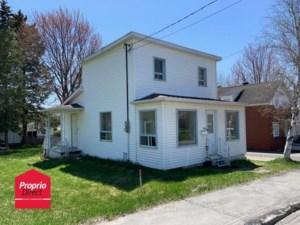 16980164 - Maison à étages à vendre