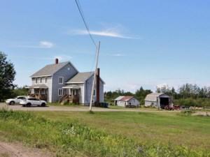 10556588 - Maison à étages à vendre