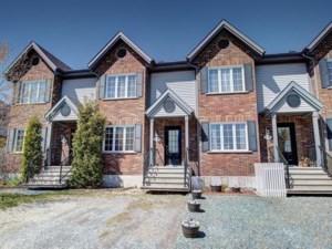 27294038 - Maison à étages à vendre