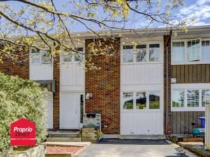 27069295 - Maison à étages à vendre