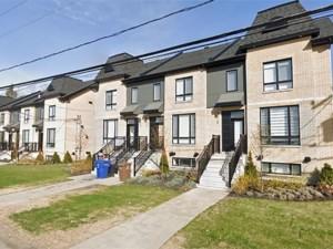 13676675 - Maison à étages à vendre