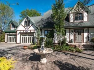 15129798 - Maison à étages à vendre