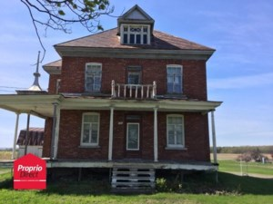 20765681 - Maison à étages à vendre