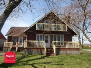 24520571 - Maison à étages à vendre