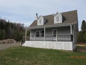 9741921 - Maison à étages à vendre