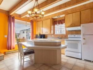10899901 - Maison à étages à vendre