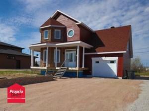 13083254 - Maison à étages à vendre