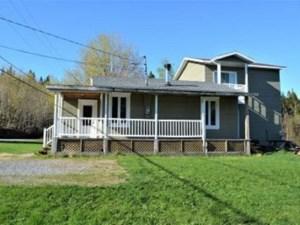 16699144 - Maison à étages à vendre