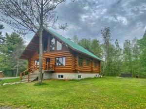 25029506 - Maison à 1 étage et demi à vendre