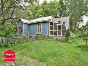 22971058 - Maison à étages à vendre