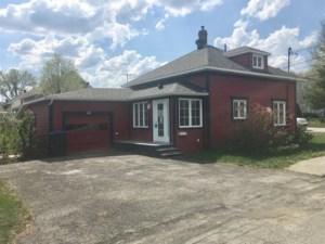 19633888 - Maison à étages à vendre