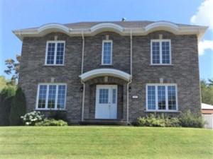 26959142 - Maison à étages à vendre