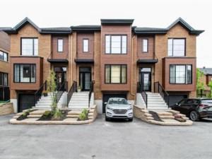 25513851 - Maison à étages à vendre