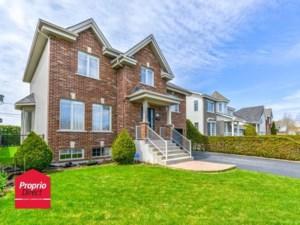 15756345 - Maison à étages à vendre